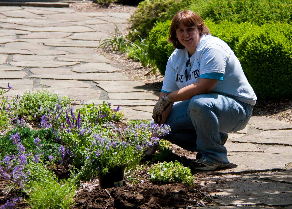 United Way Day of Caring with employees from Praxair