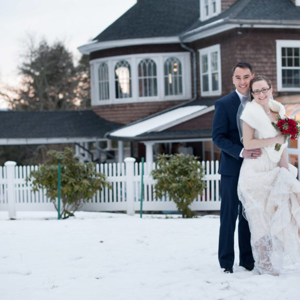 bride-groom-with-winter-sunset-and-mansion-for-background