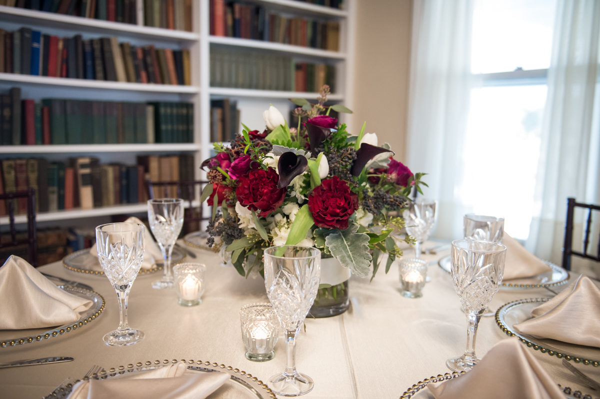 White linen and Red Roses with clear plates