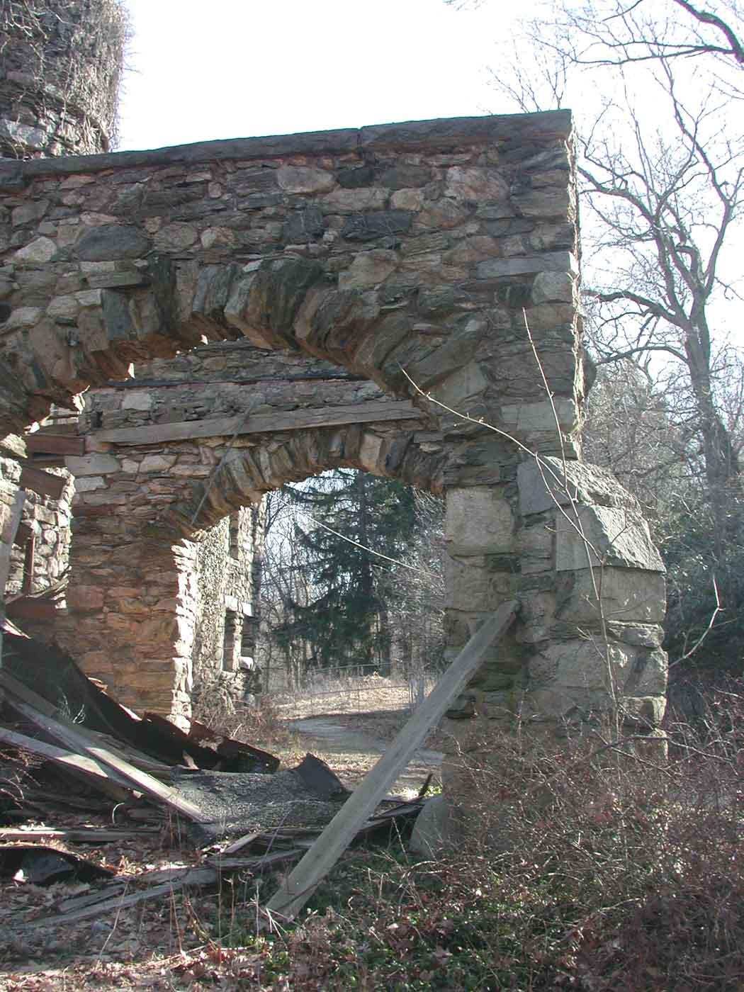 hearthstone-castle-portico-roof-cave-in-stone-still-standing