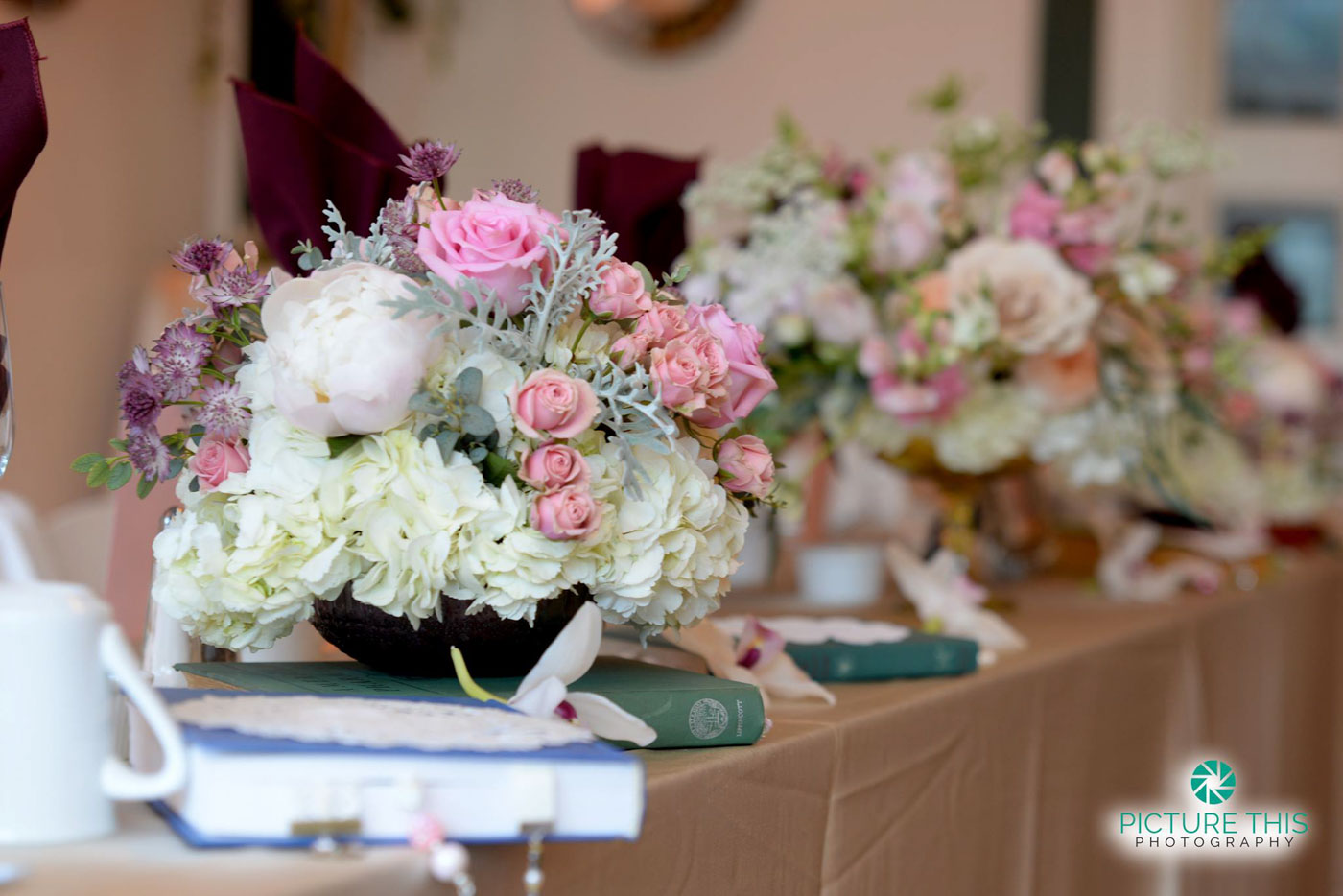 immaculate-alumni-wedding-head-table-decorations