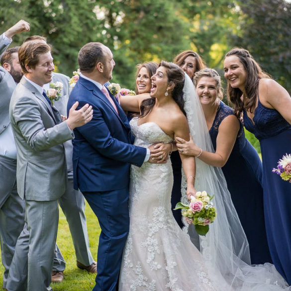 tarrywile-hikers-wedding-party-laughing-having-fun