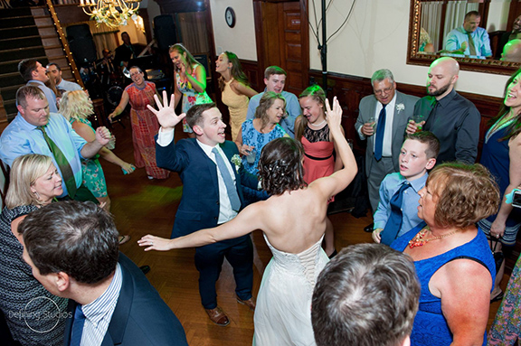 dancing-to-those-guys-band-at-dream-wedding