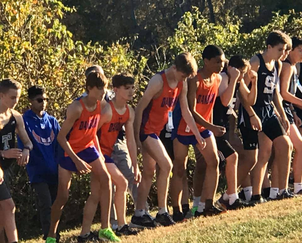 high-school-track-team-lined-up-for-race
