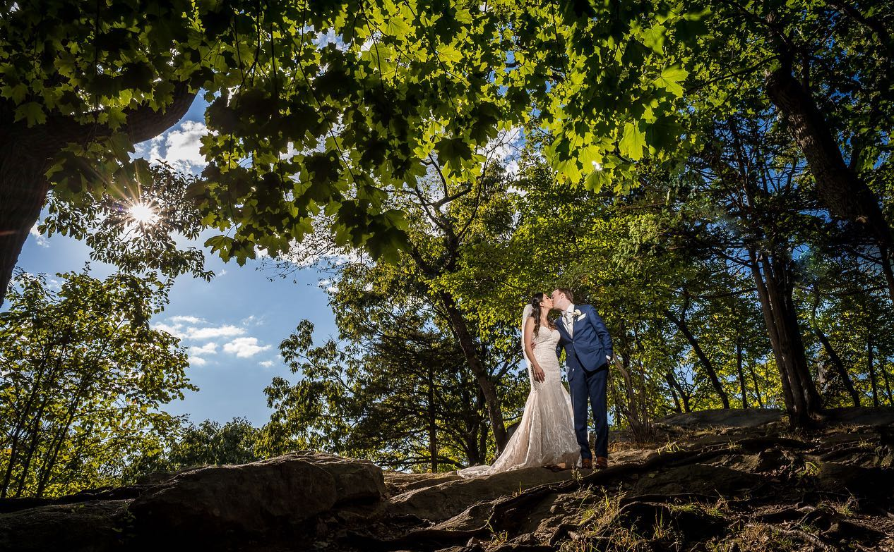 summer-first-look-couple-on-mountain-overlook