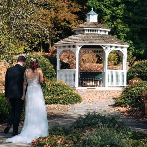 october-wedding-couple-photos-by-gazebo